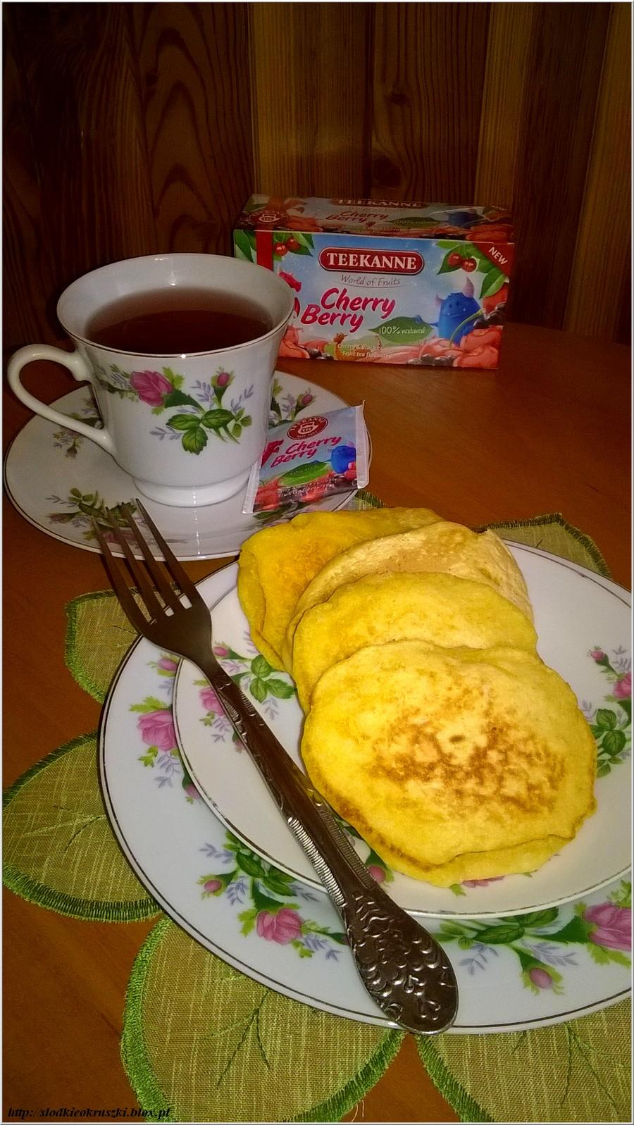 Placuszki_kokosowodyniowe_na_slodko_z_herbata_Teekanne