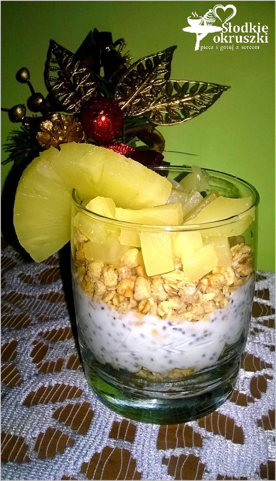 Ananasowe śniadanie z chia