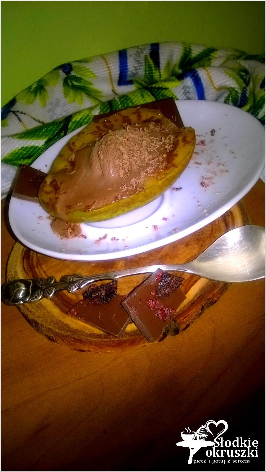 Grillowana gruszka z czekoladowo-lodowym nadzieniem (3)
