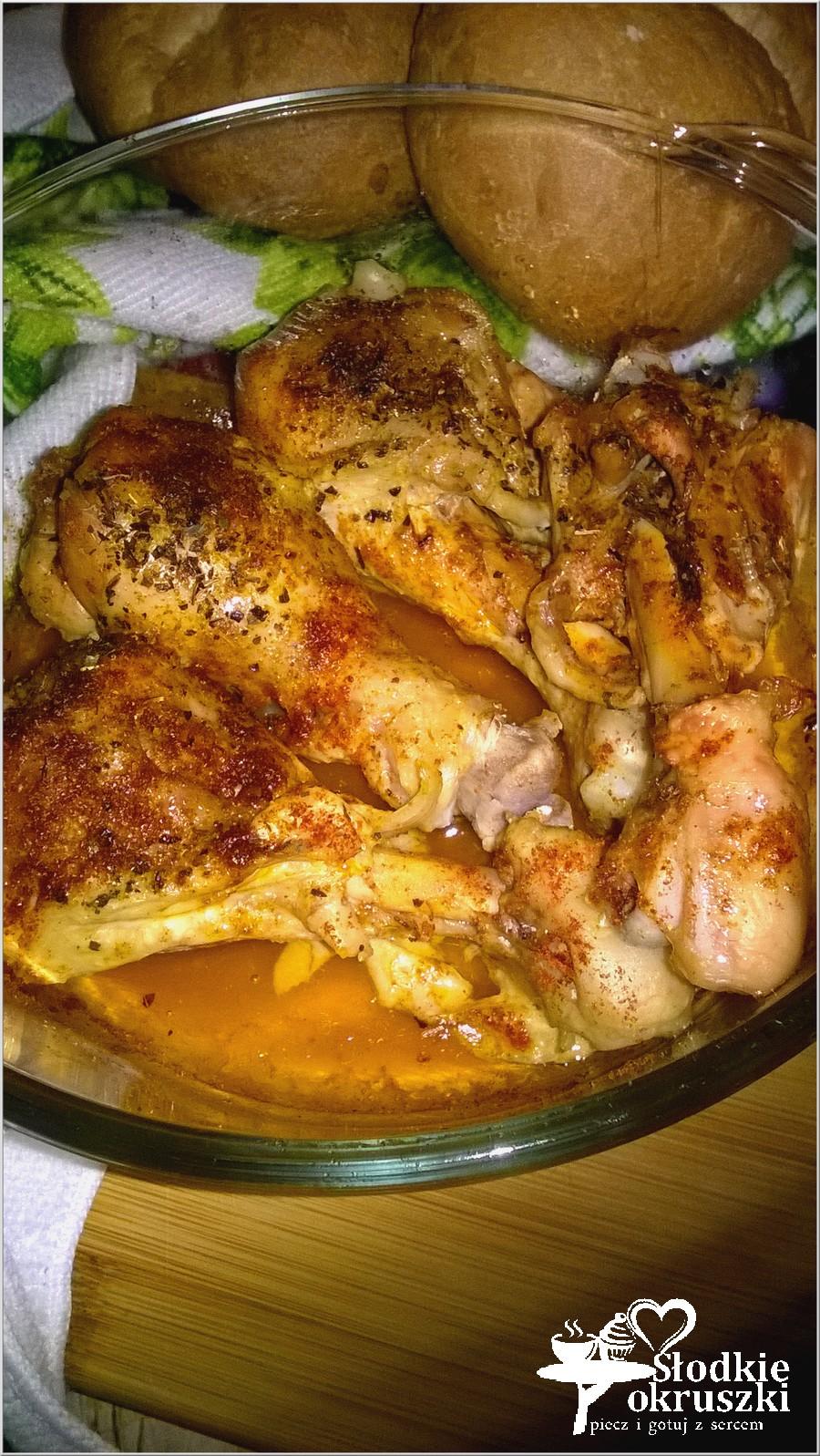 Kurczak pieczony w ziołach i rosole. Pomysł na szybki obiad. (1)