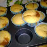 Małe szarlotki w formie muffinek
