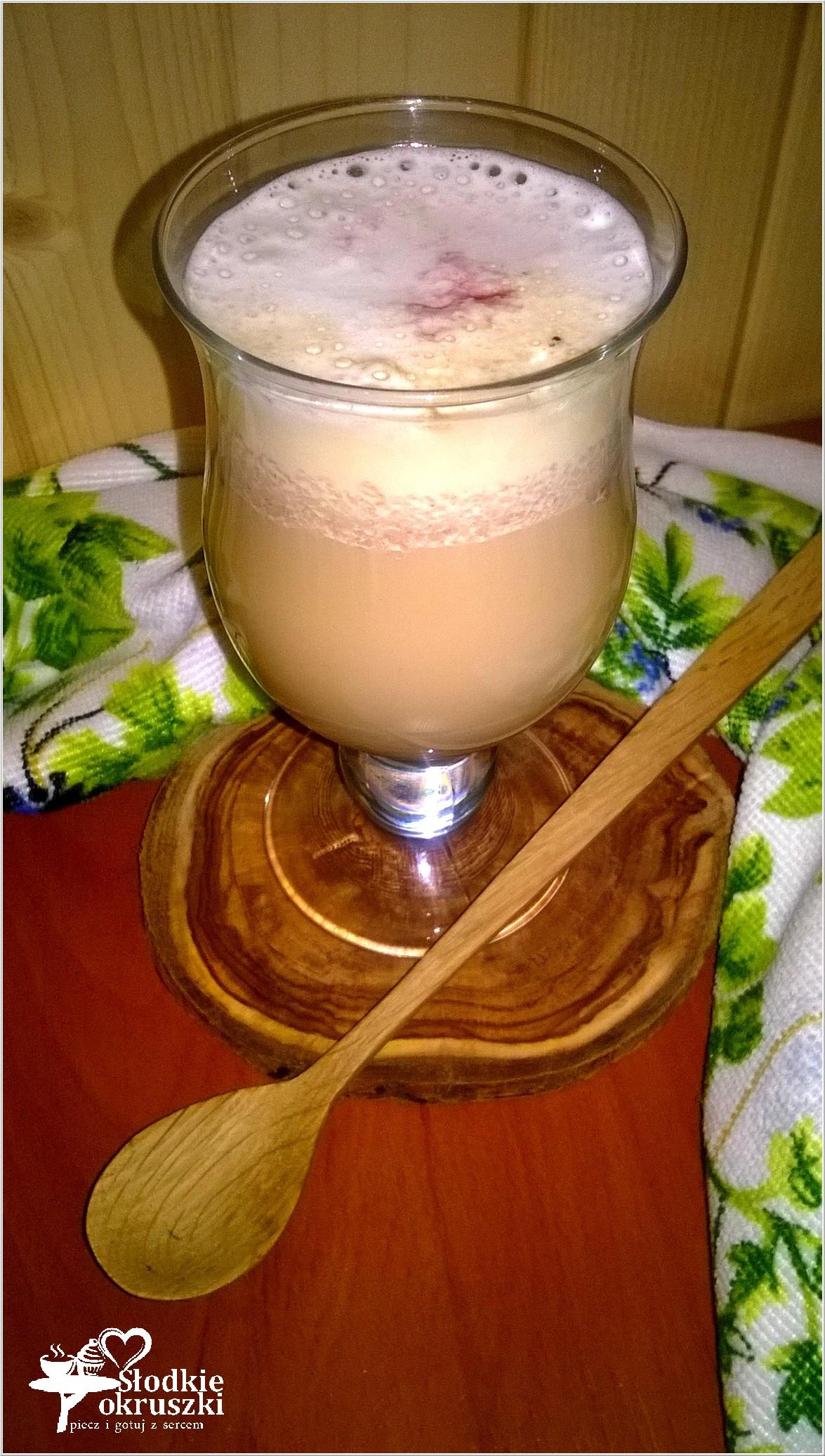 Malinowa latte (3)