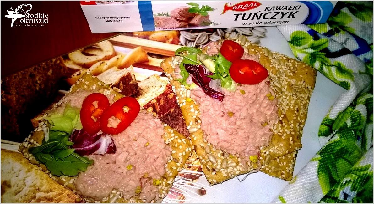 Pomidorowa pasta z tuńczyka z kiełkami
