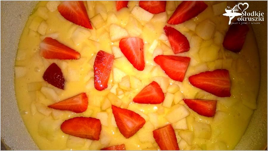 Truskawkowo-jabłkowe ciasto weekendowe (5)