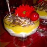 Brzoskwiniowy deser z mascarpone pełen wspomnień