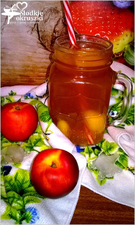 Mrożona herbata nektarynkowa (1)