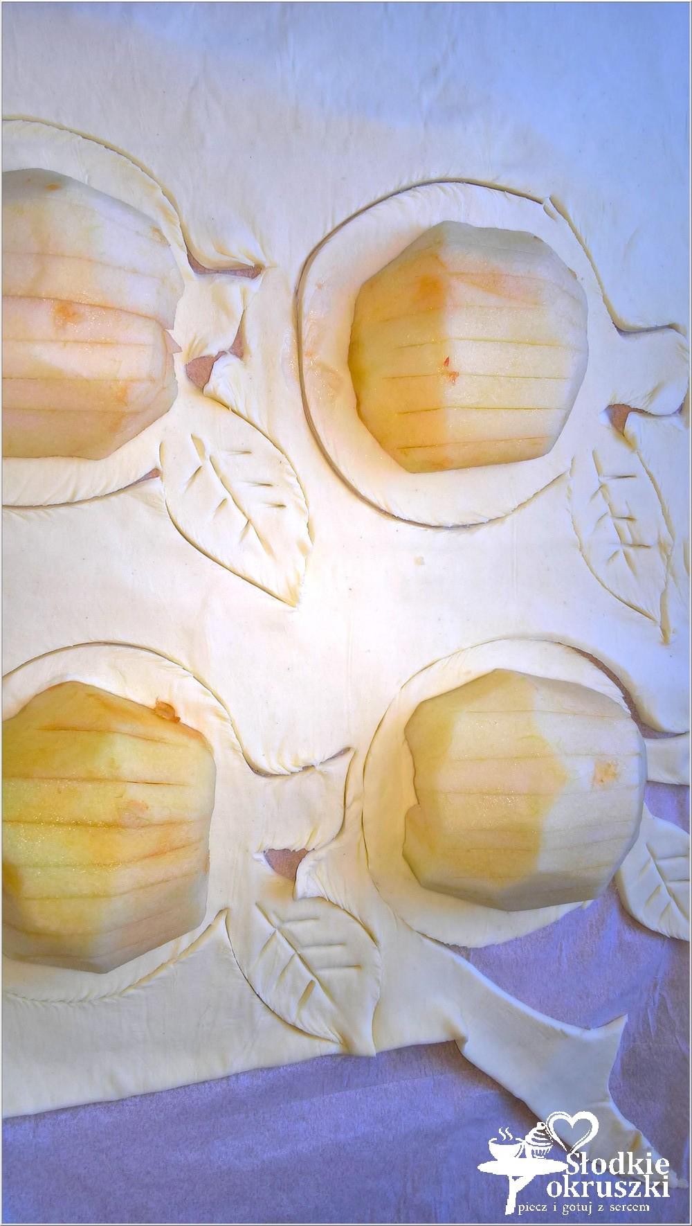 pieczone-jablka-w-ciescie-nadziane-marmolada-5