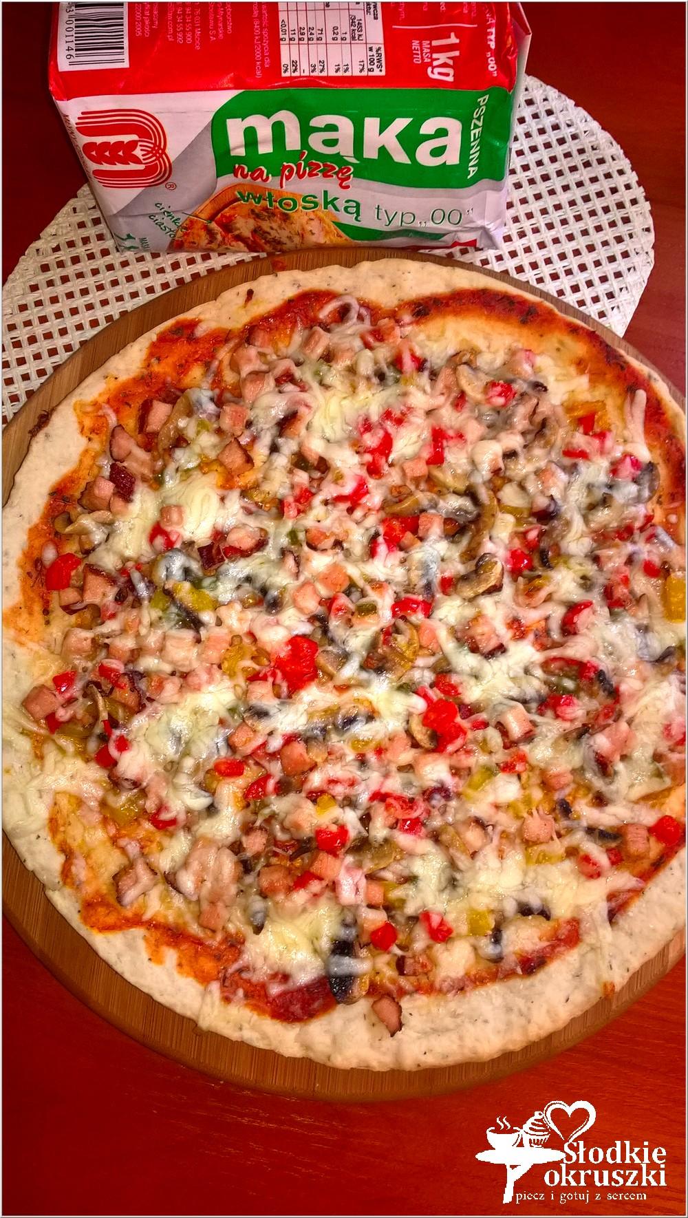 domowa-pizza-na-ziolowym-cienkim-ciescie-7