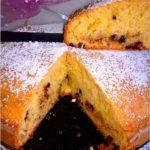 Szybkie ciasto z gruszką i czekoladą na oleju kokosowym