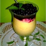 Lekki owocowo-kokosowy deser sernikowy