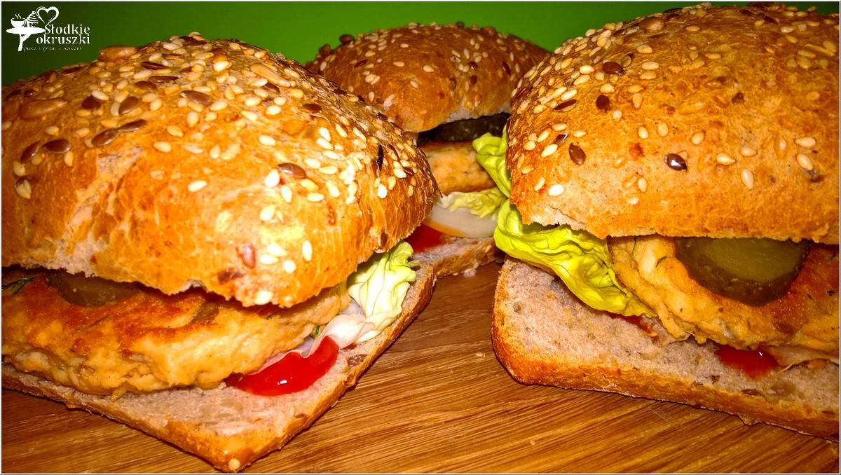 zdrowe-burgery-rybne-z-kotletem-z-lososia-2