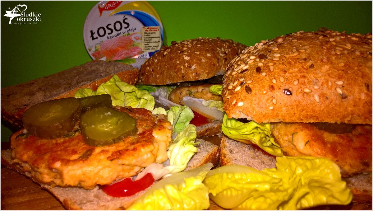 zdrowe-burgery-rybne-z-kotletem-z-lososia-3