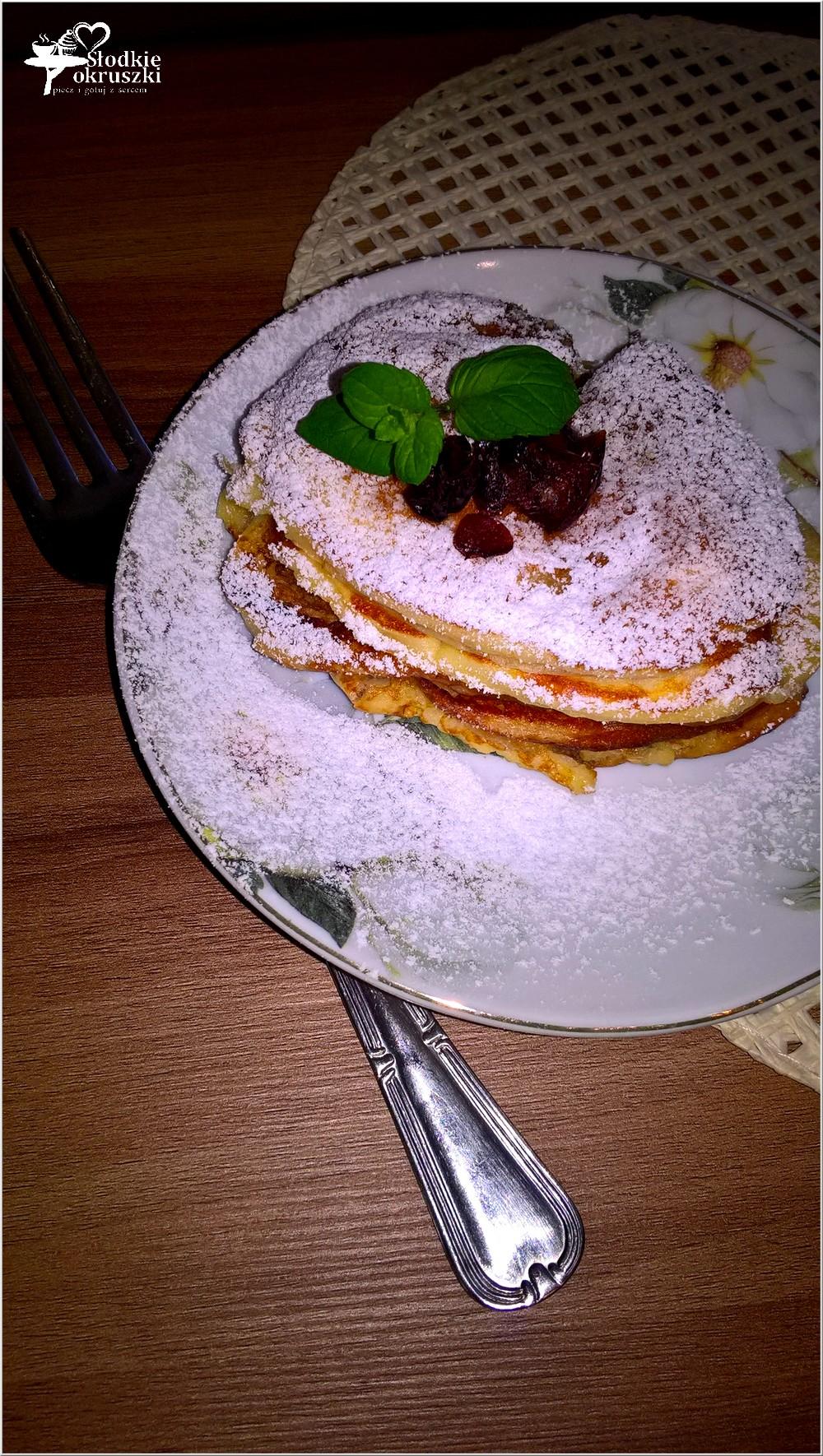 leciutkie-placuszki-serowe-z-miodem-2