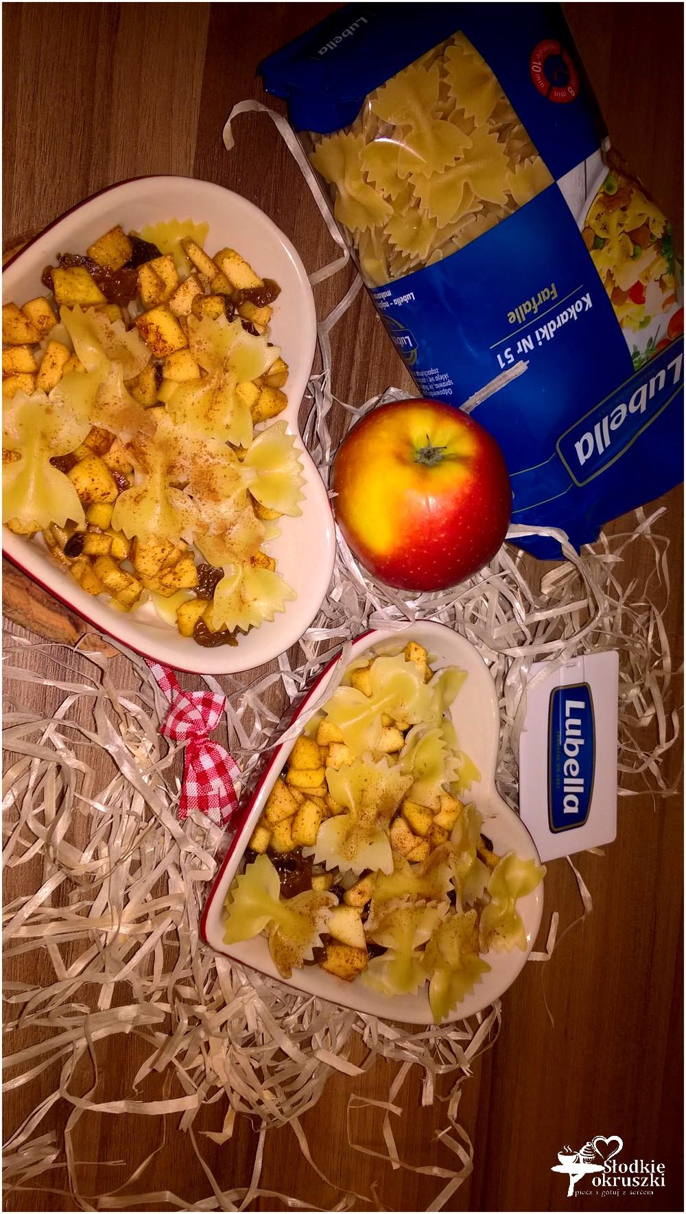 zapiekany-makaron-z-miodowo-bakaliowym-jabluszkiem-3