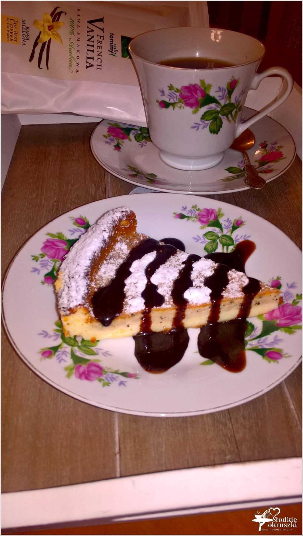 Kawowy sernik z amaretto (dwuwarstwowy) (3)