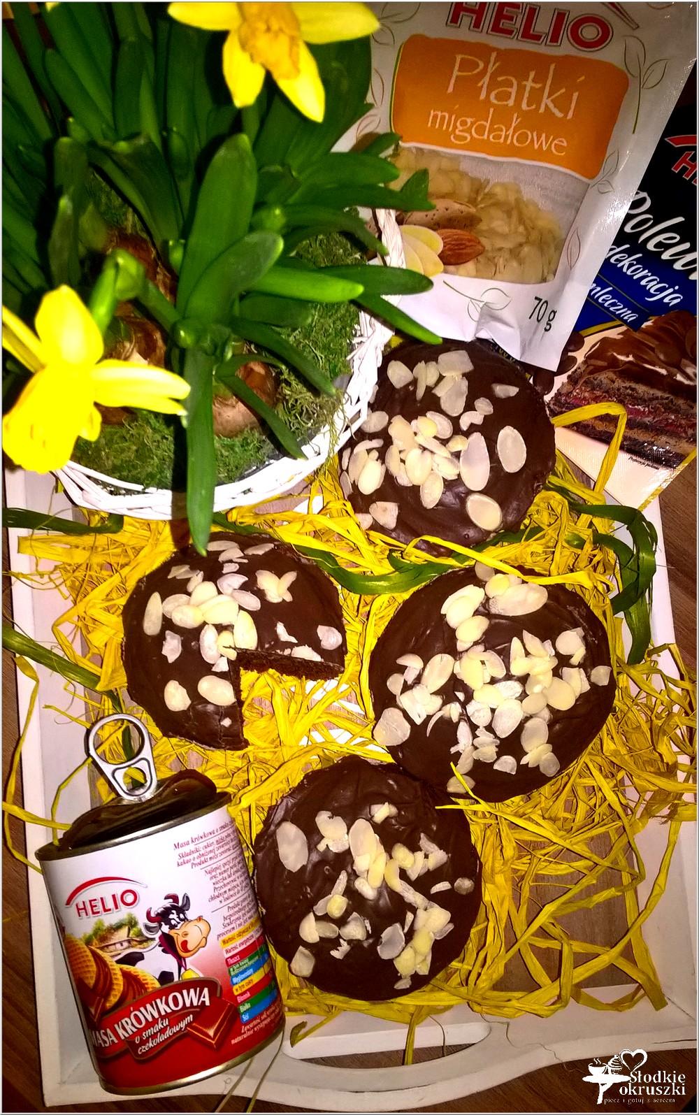 Mini babki z czekoladową krówką (1)