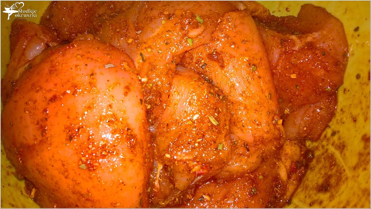 Piersi z kurczaka w marynacie