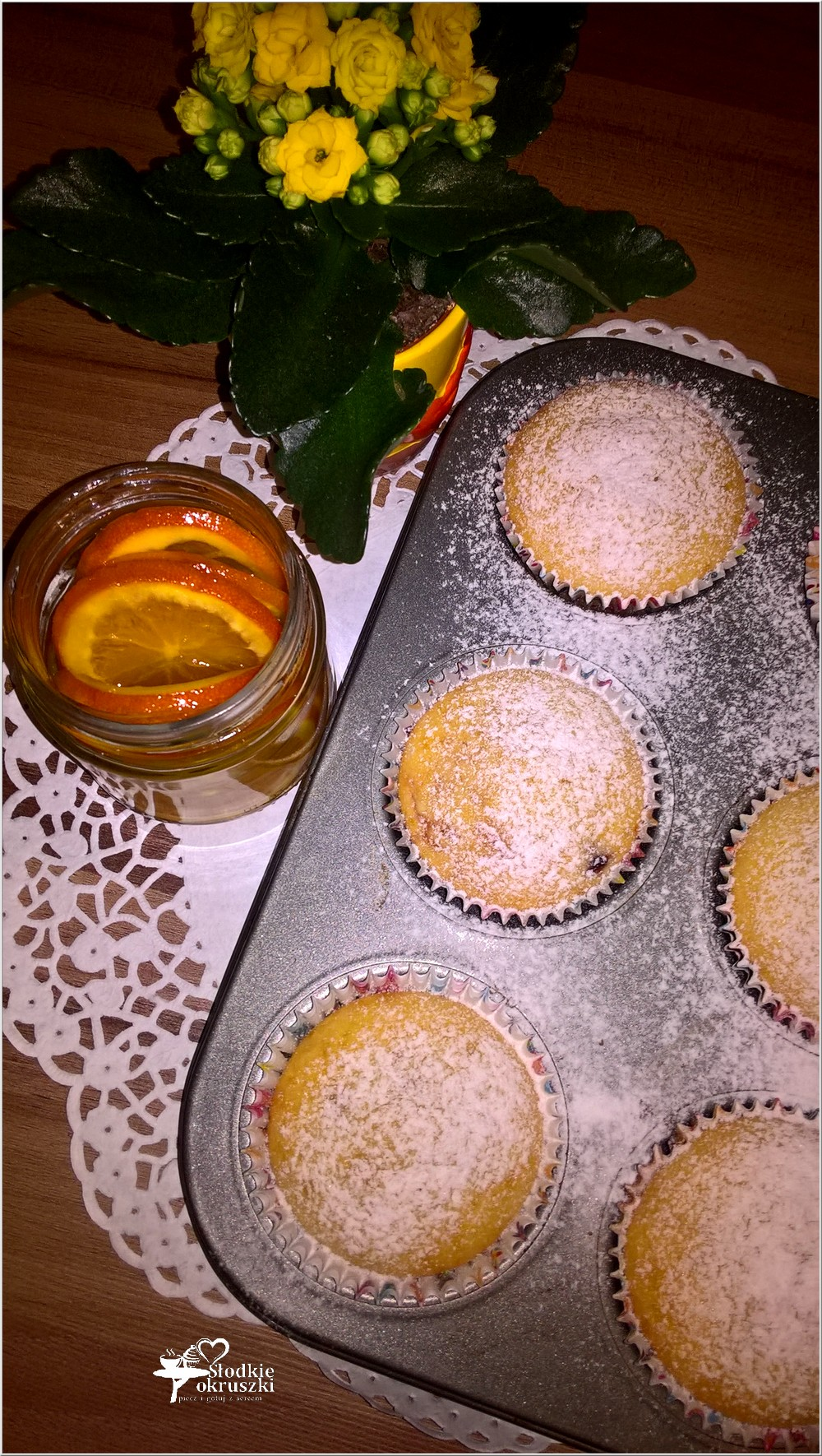 Babeczki z truskawkowo-migdałowym środkiem i nutą pomarańczy (3)
