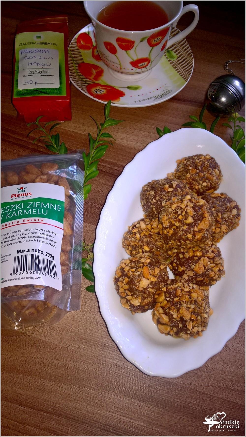 Korzenno czekoladowe kuleczki z karmelowymi orzeszkami (2)