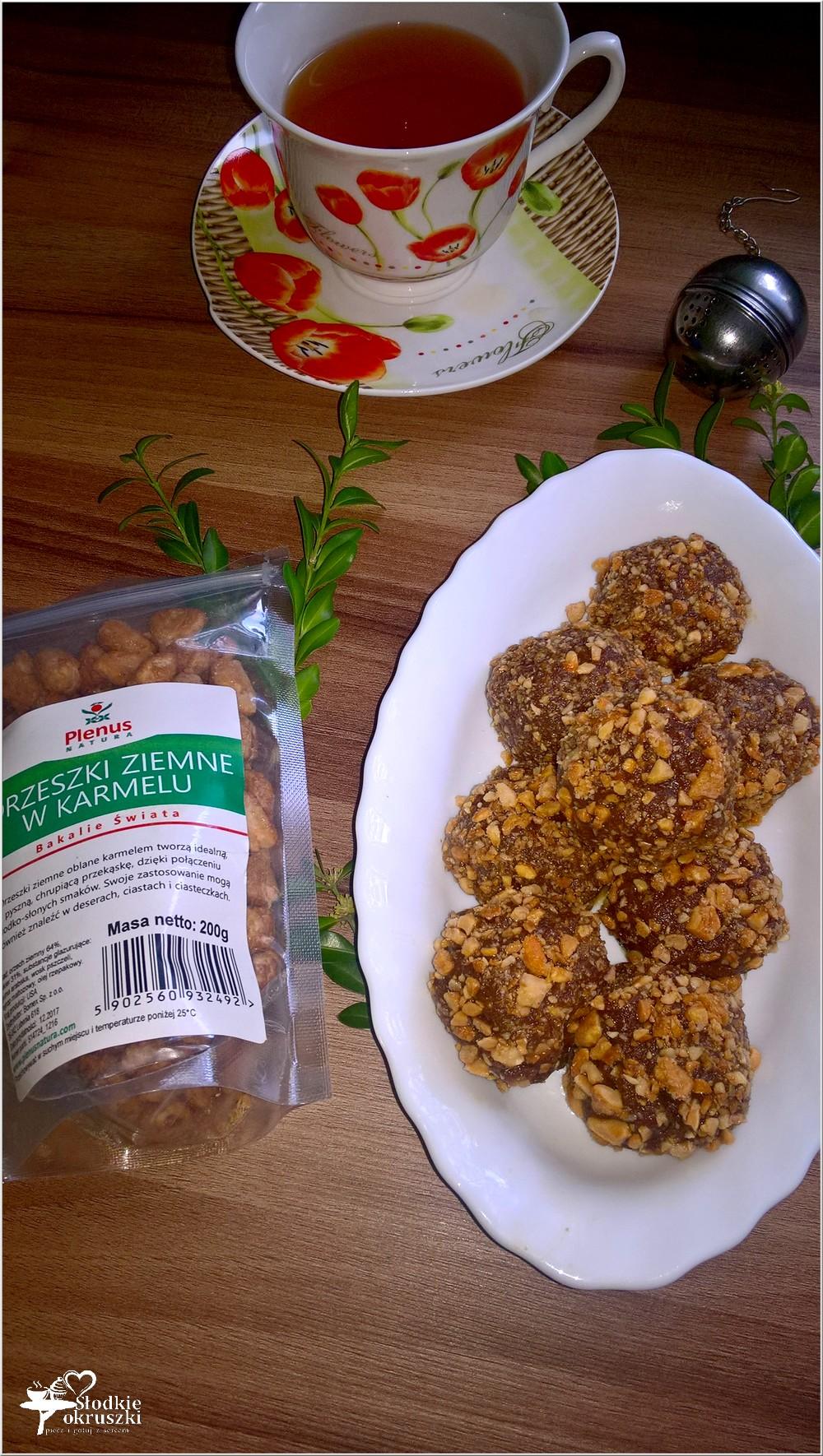 Korzenno czekoladowe kuleczki z karmelowymi orzeszkami (3)