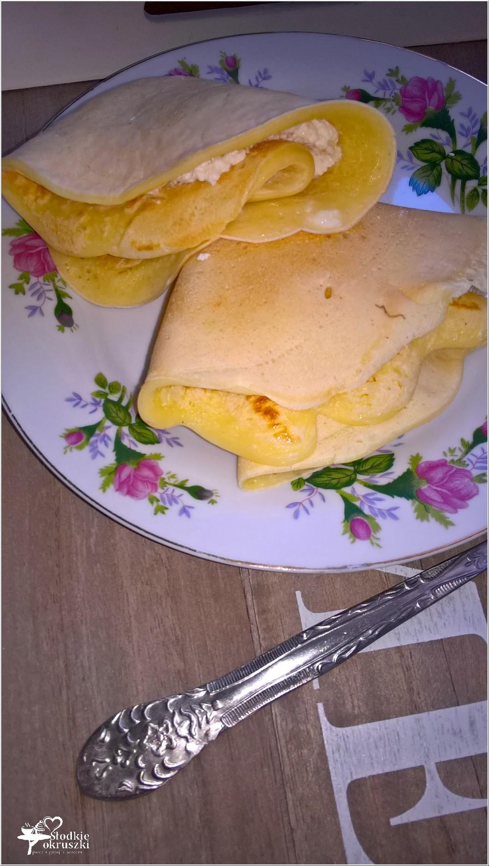 Naleśniczki z białym serem na słodko (2)