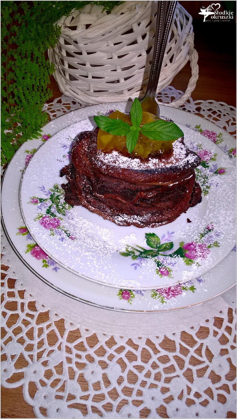 Szybkie czekoladowe placuszki z dżemem (1)
