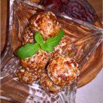 Zdrowe kokosowe kuleczki daktylowe. Zdrowy deser.