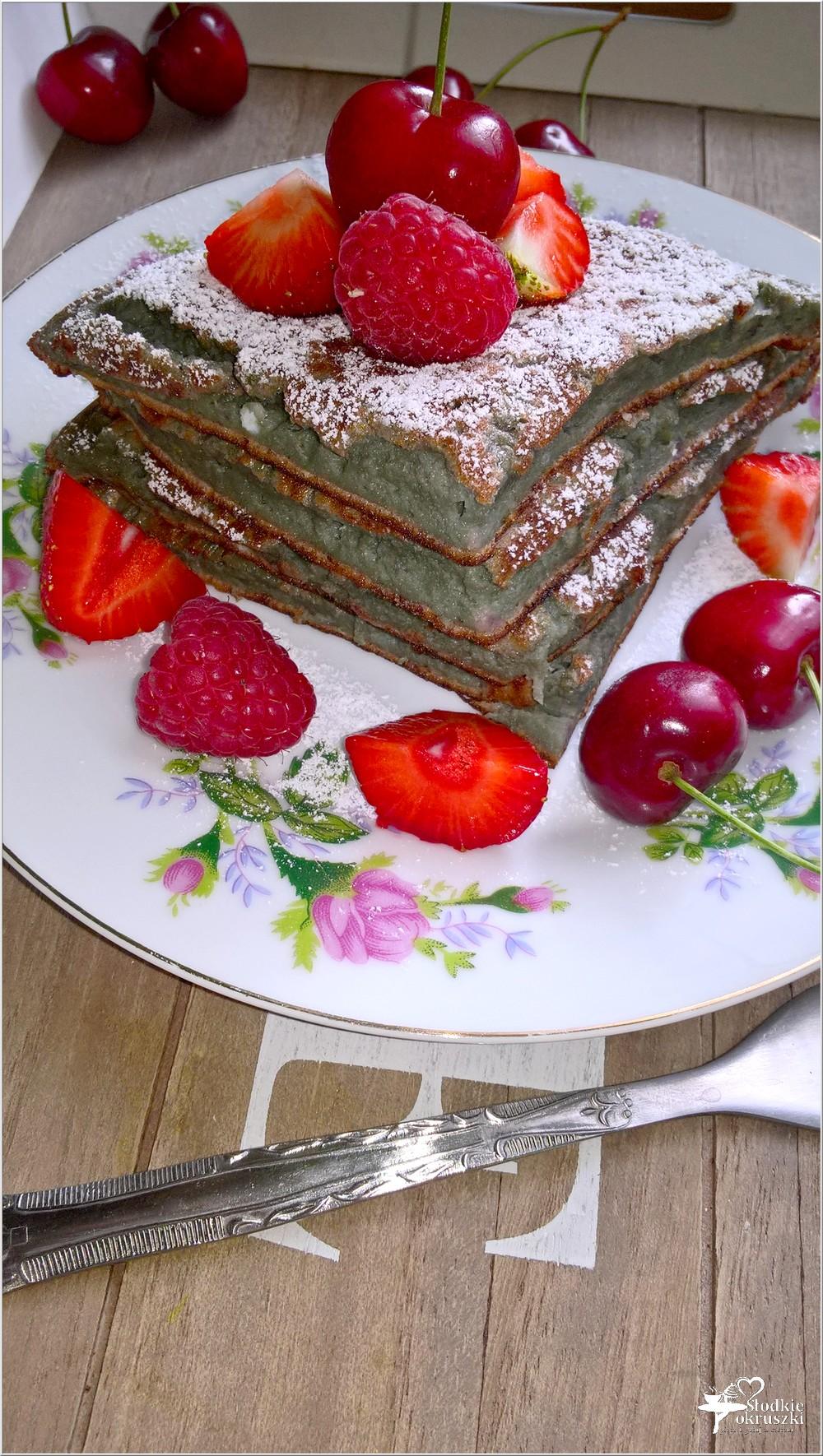 Jagodowy omlet śniadaniowy (z owocami lata) (3)