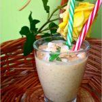 Kremowe owocowo migdałowe smoothie
