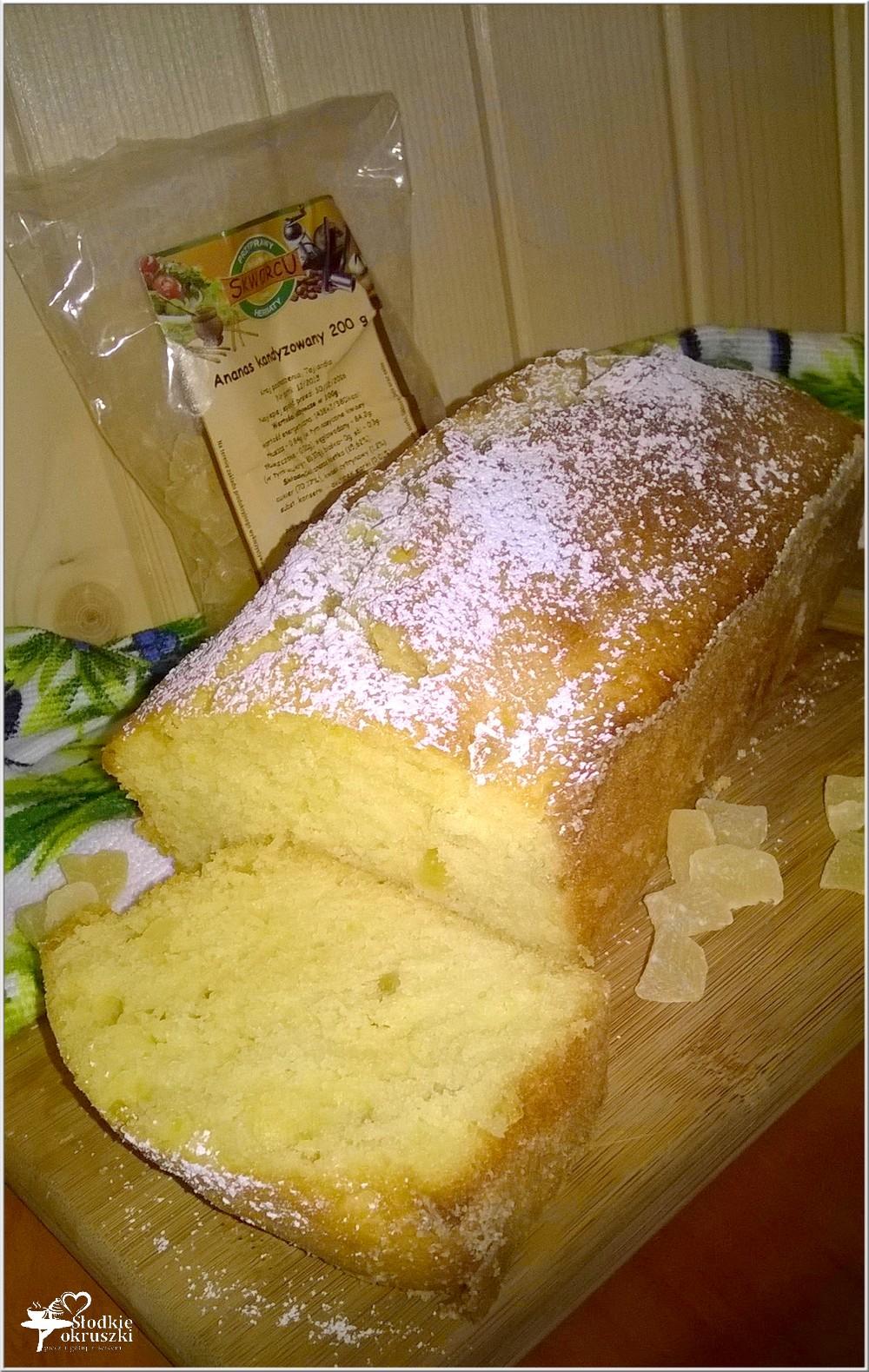 Proste ciasto cytrynowe z kandyzowanym ananasem (3)