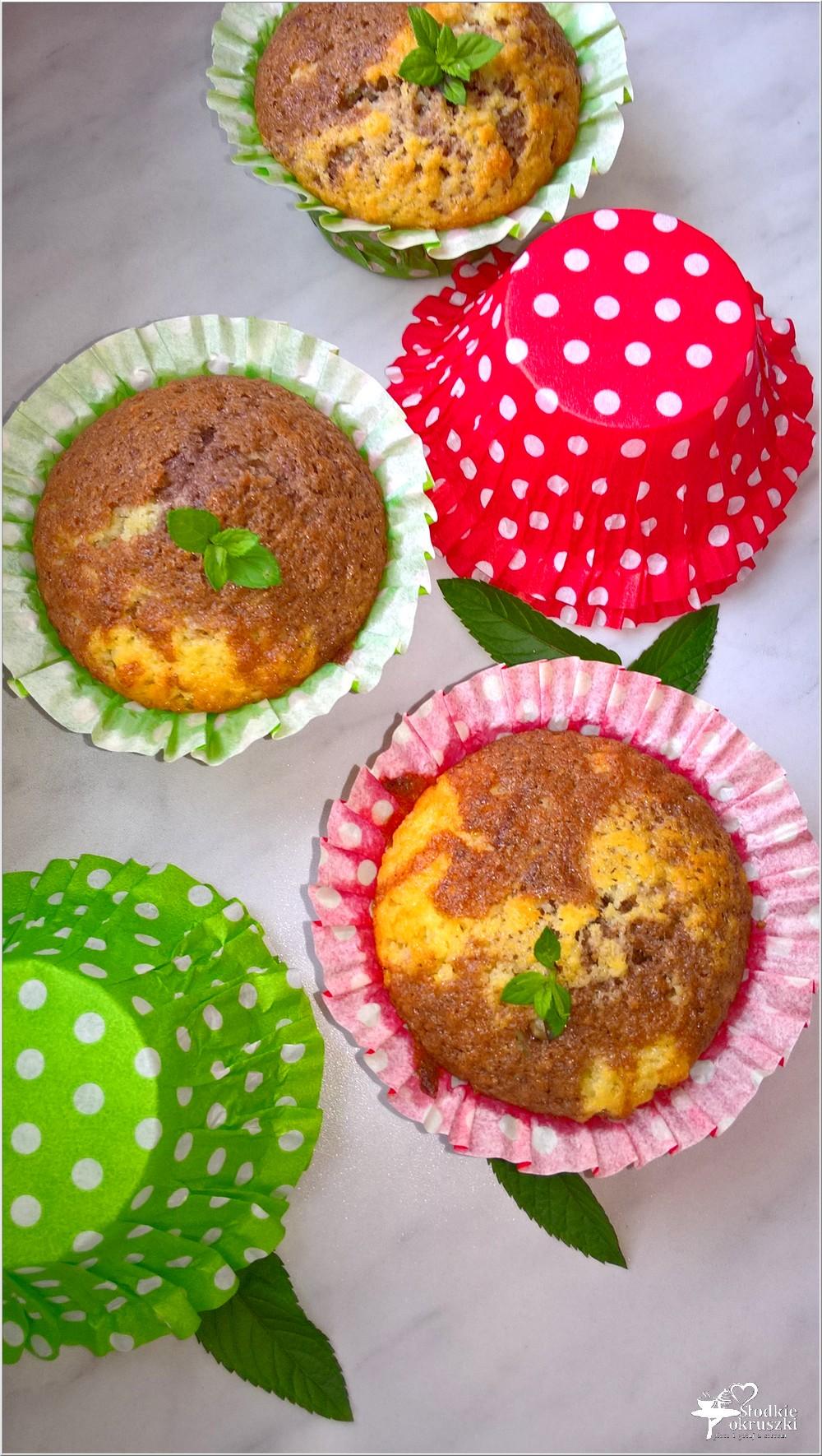 Łaciate kokosowo-czekoladowe babeczki (3)