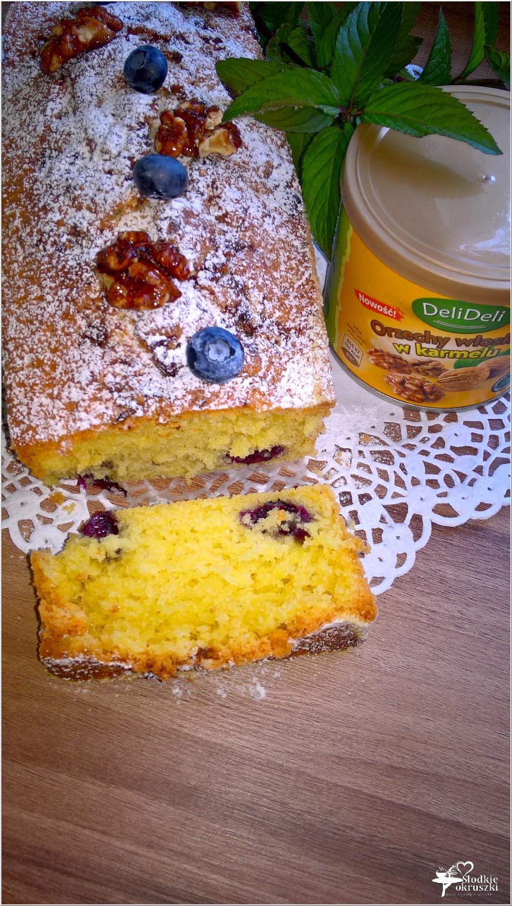 Ciasto z jagodami i orzechami włoskimi w karmelu (bez miksera) (4)