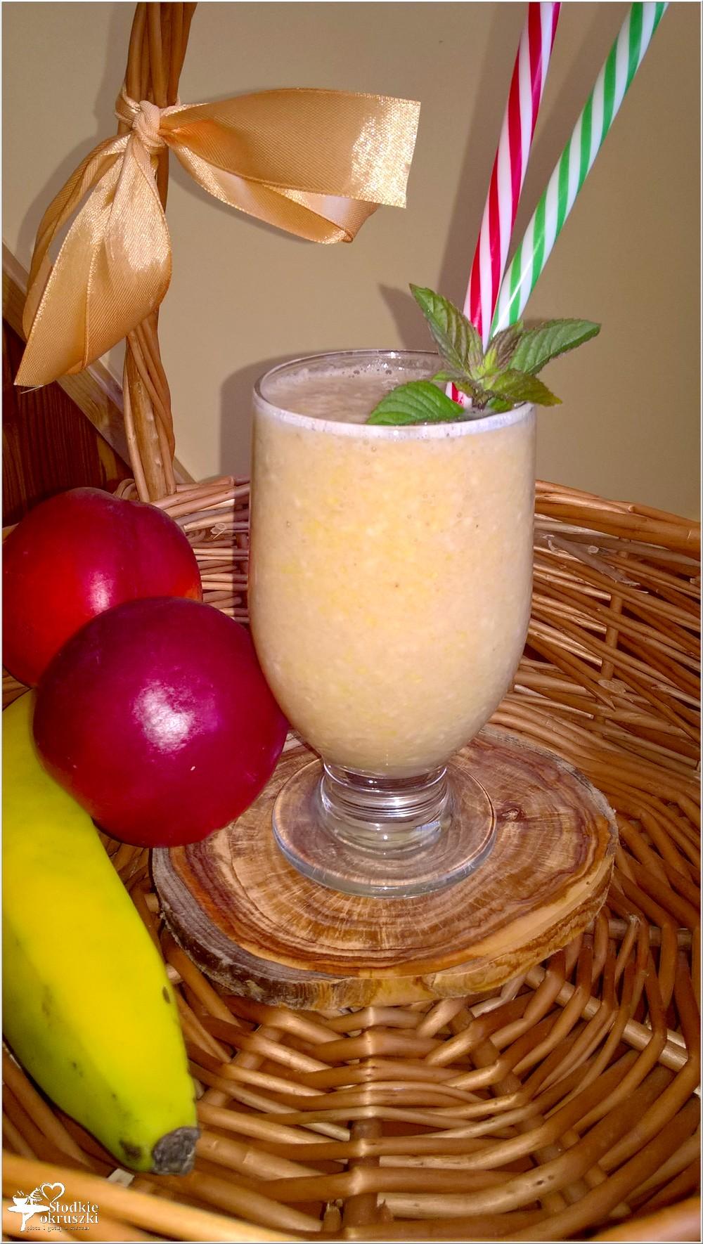Letnie herbaciano-owocowe smoothie (1)