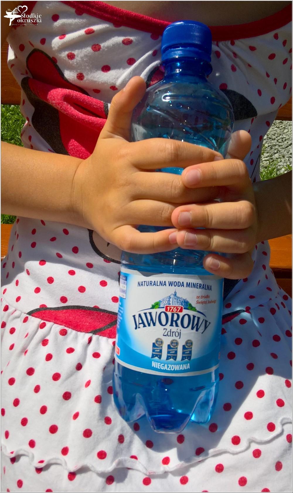 Oczyszcza, orzeźwia, wspomaga odchudzanie. Woda ogórkowo-cytusowa z miętą (3)