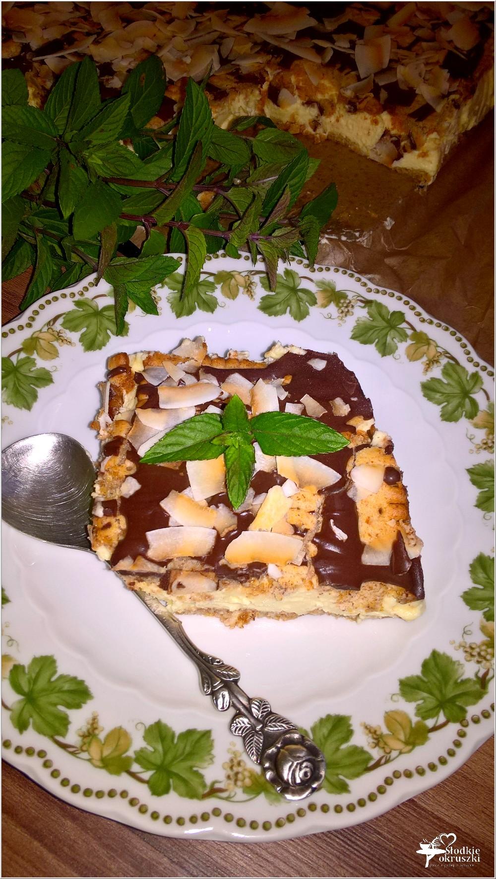Gotowany waniliowo - śmietankowy sernik (na herbatnikach) (6)