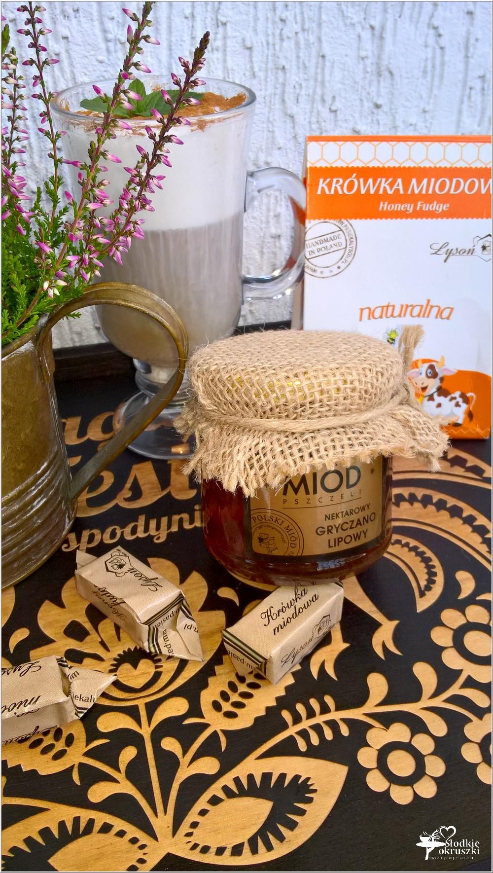 Miodowo cynamonowa kawa z miodowymi krówkami (3)