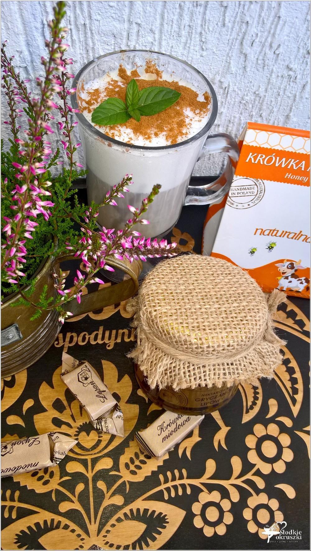 Miodowo cynamonowa kawa z miodowymi krówkami (4)