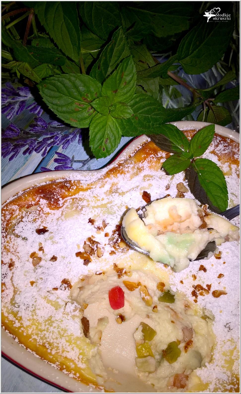Pieczony serniczek z orzechami włoskimi i kandyzowaną skórką (3)