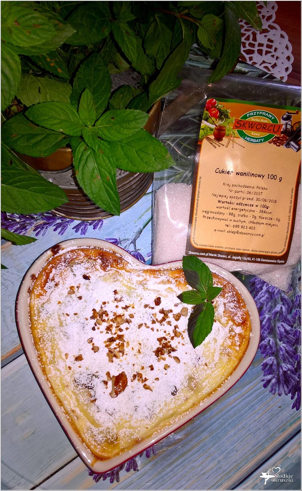 Pieczony serniczek z orzechami włoskimi i kandyzowaną skórką (7)