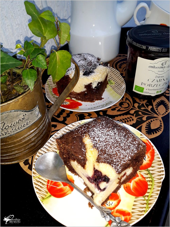 Rodzinne ciasto serowo-czekoladowe z dżemem porzeczkowym (2)
