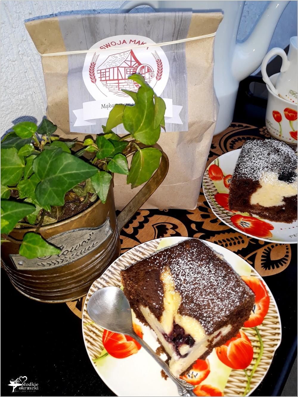 Rodzinne ciasto serowo-czekoladowe z dżemem porzeczkowym (3)