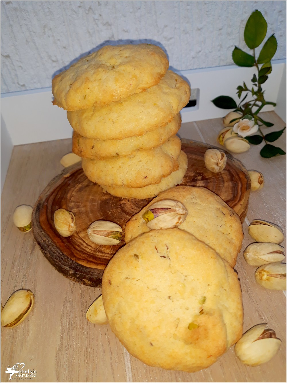 Waniliowe ciasteczka z pistacjami (1)