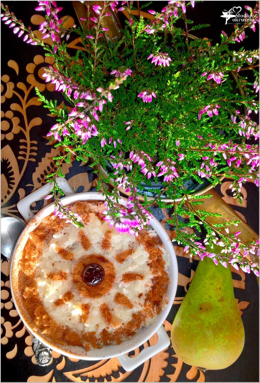 Zapiekany pudding ryżowy z gruszką i cynamonem (1)