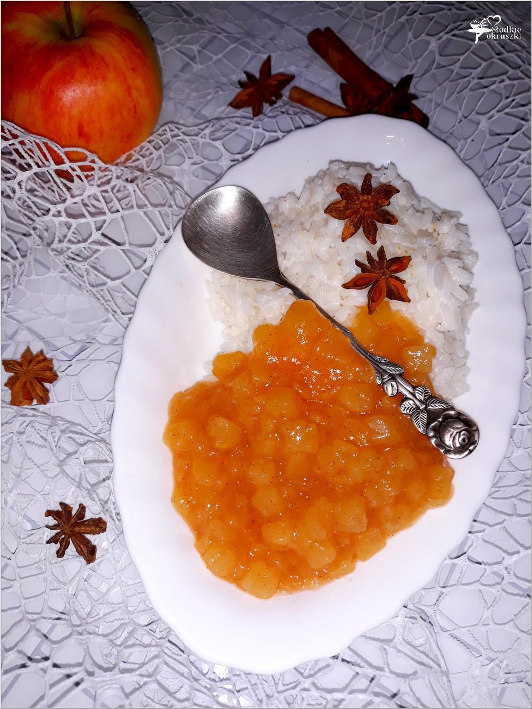Aromatyczny kokosowy ryż z cynamonowym jabłuszkiem (1)