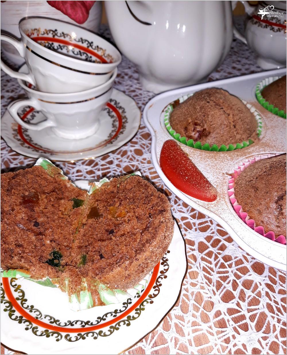 Czekoladowe babeczki z papają (na oleju kokosowym) (5)