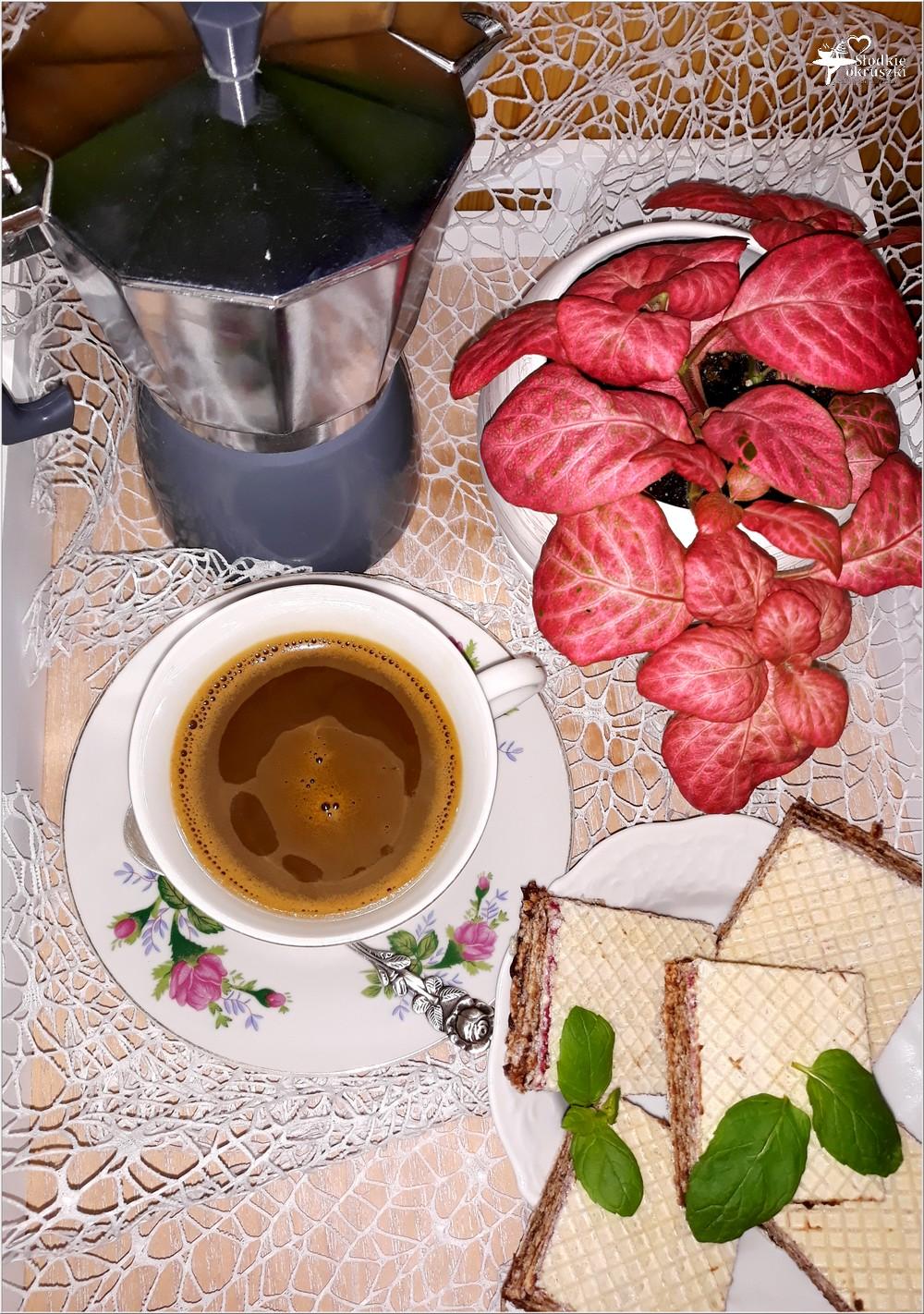 Dobra kawa i... coś słodkiego. 3 pyszne propozycje + przepis na syrop piernikowy (1)