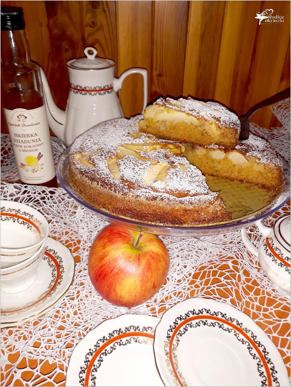 Korzenno miodowe ciasto jabłkowe (1)