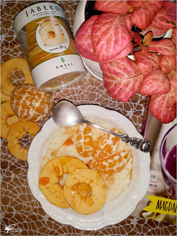 Pudding ryżowy z cynamonowym jabłuszkiem i mandarynkami