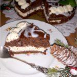 Świąteczny piernikowy tort z cytrynowym kremem i wisienkami