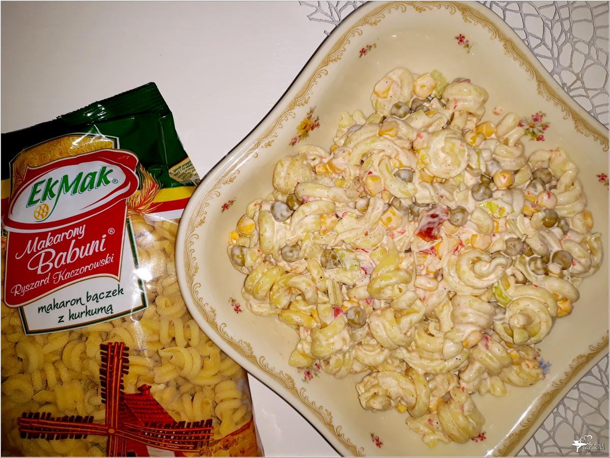 Imprezowa sałatka makaronowa z serem i mieszanką meksykańską (2)